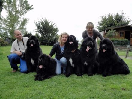 Philippe, Cameron, Elliott, Ele, Kiss, Nice, Corinne e Noah